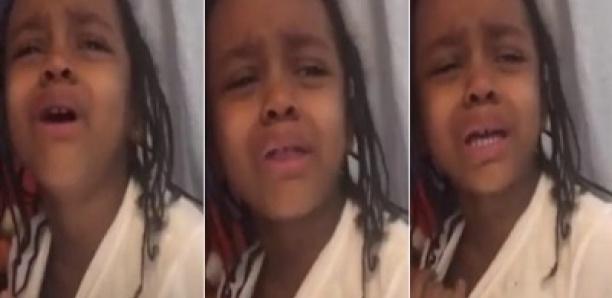 Un garçon de 5 ans fond en larmes parce que sa mère a refusé de l'épouser