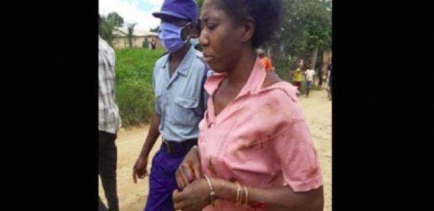 Une femme poignarde un garçon de 13 ans pour avoir battu son fils