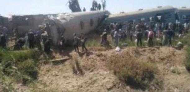 Catastrophe ferroviaire en Égypte: au moins 50 blessés