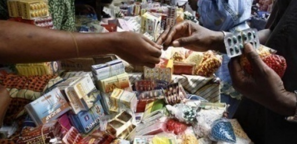 Faux médicaments: 3 camions interceptés, 2 pharmaciens arrêtés