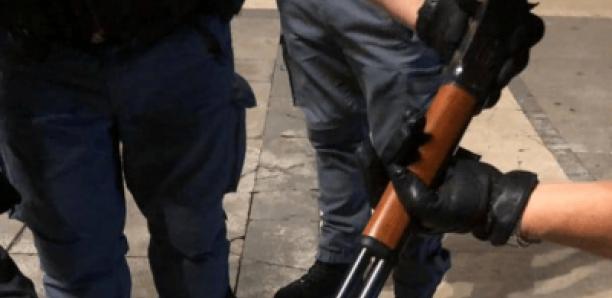 Italie: arrestation avec un fusil d'un faux boiteux sénégalais