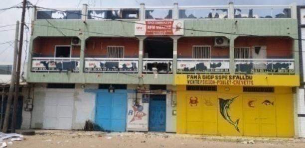 SACCAGE DES LOCAUX DE RFM MBACKE : UN SOUTIEN DE SONKO ARRÊTÉ
