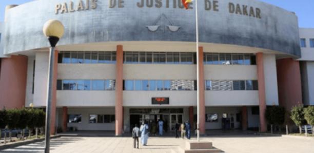 LE TRÉSORIER DES CHAUFFEURS DE L'AIB DÉTOURNE PLUS DE 7MILLIONS FCFA