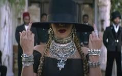 """""""formation"""" De Beyonce élu Meilleur Clip De Tous Les Temps !"""