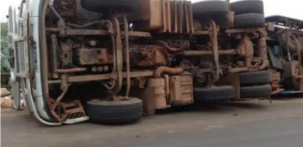 Saint-Louis : Un camion transportant des pèlerins se renverse et fait 7 blessés graves