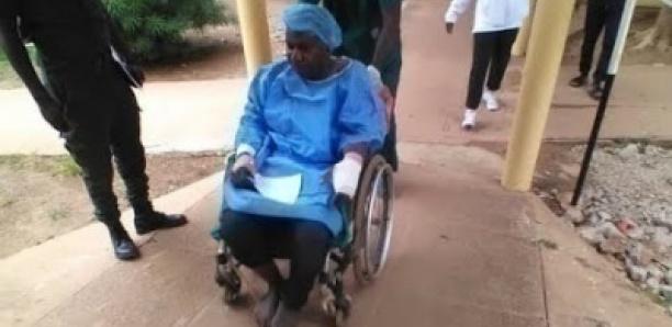 Moustapha Guirassy à la levée du corps de son ami et chauffeur le défunt Samba BA