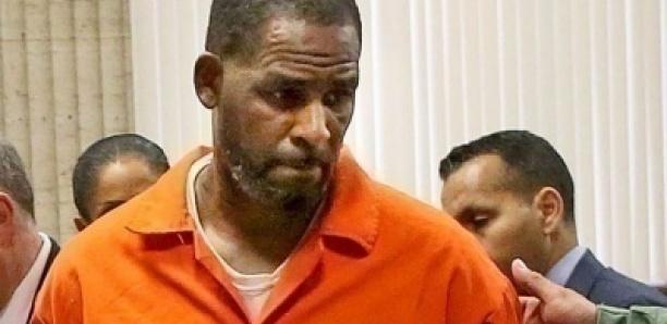 Procès de R Kelly: le chanteur refuse de témoigner pour sa propre défense