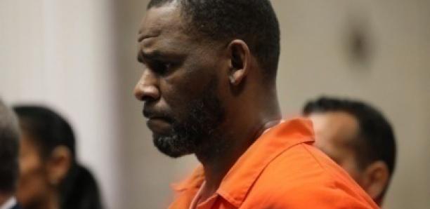 États-Unis : le chanteur R. Kelly reconnu coupable de crimes sexuels