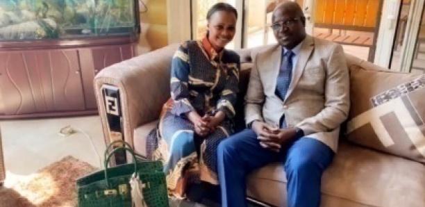 Mbathio Ndiaye réaparait avec le consul général du Sénégal en Chine